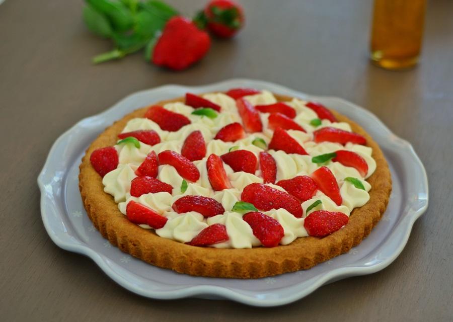 Tarte aux fraises et basilic - Decoration tarte aux fraises ...